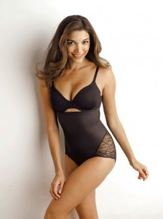 Culotte taille extra haute gainant Noir - A little lace a lot of shape - Naomi & Nicole